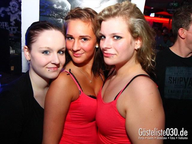 https://www.gaesteliste030.de/Partyfoto #162 Q-Dorf Berlin vom 21.01.2012