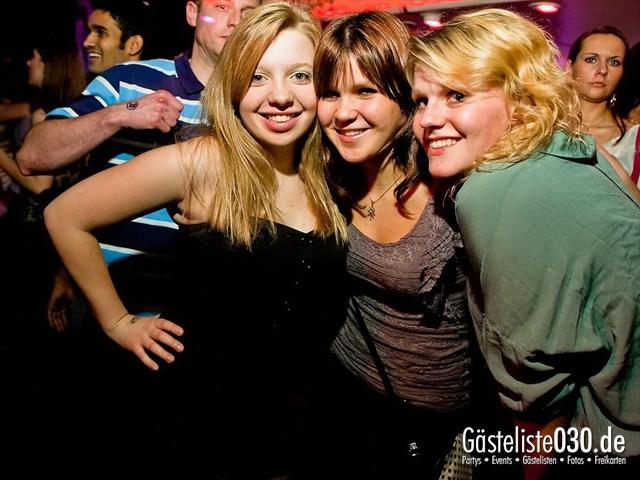 https://www.gaesteliste030.de/Partyfoto #1 Maxxim Berlin vom 17.12.2011