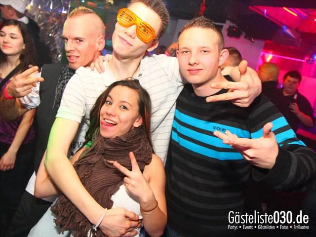 https://www.gaesteliste030.de/Partyfoto #83 Q-Dorf Berlin vom 23.12.2011