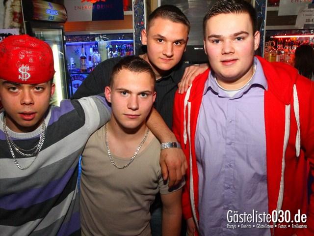 https://www.gaesteliste030.de/Partyfoto #122 Q-Dorf Berlin vom 04.04.2012