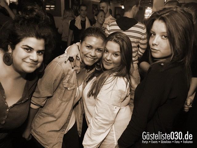 https://www.gaesteliste030.de/Partyfoto #102 Q-Dorf Berlin vom 04.01.2012