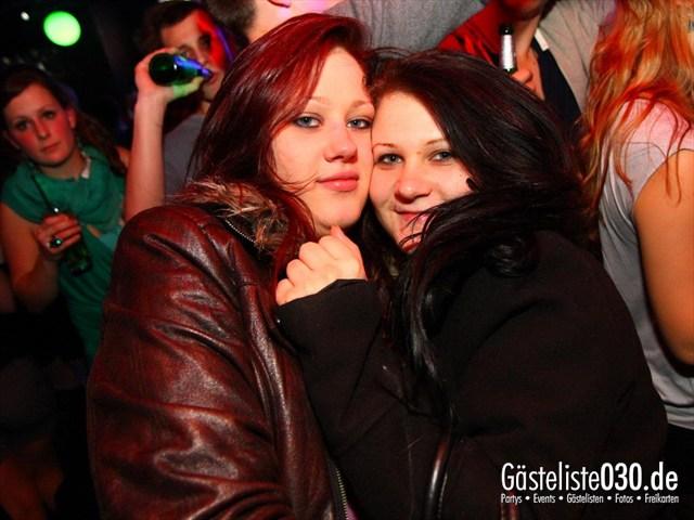 https://www.gaesteliste030.de/Partyfoto #206 Q-Dorf Berlin vom 28.12.2011
