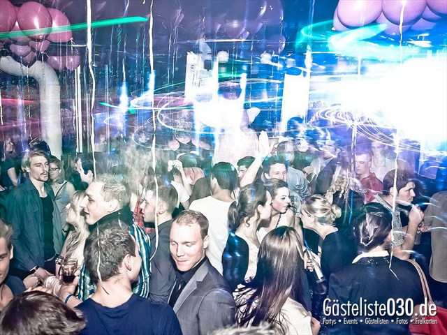 https://www.gaesteliste030.de/Partyfoto #72 Maxxim Berlin vom 10.12.2011