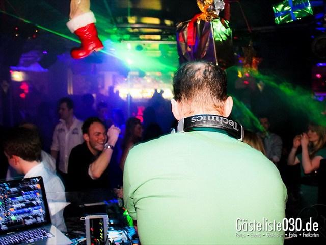 https://www.gaesteliste030.de/Partyfoto #30 Maxxim Berlin vom 24.12.2011