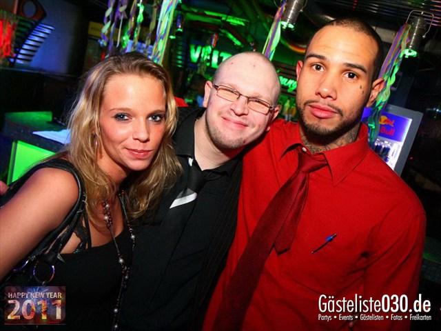 https://www.gaesteliste030.de/Partyfoto #32 Q-Dorf Berlin vom 31.12.2011
