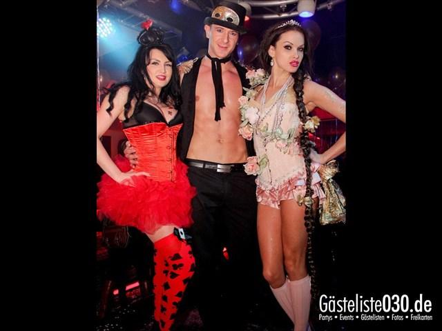 https://www.gaesteliste030.de/Partyfoto #46 Maxxim Berlin vom 09.12.2011