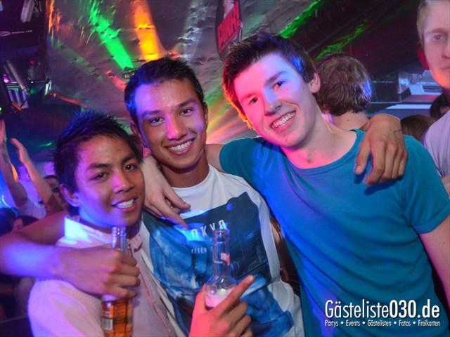 https://www.gaesteliste030.de/Partyfoto #195 Q-Dorf Berlin vom 11.05.2012