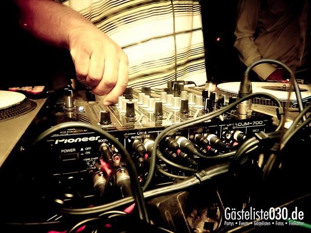 https://www.gaesteliste030.de/Partyfoto #67 Maxxim Berlin vom 02.01.2012