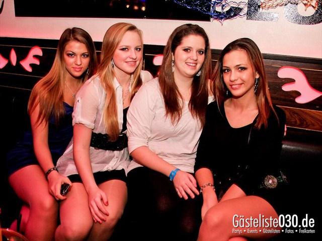 https://www.gaesteliste030.de/Partyfoto #7 Maxxim Berlin vom 06.01.2012