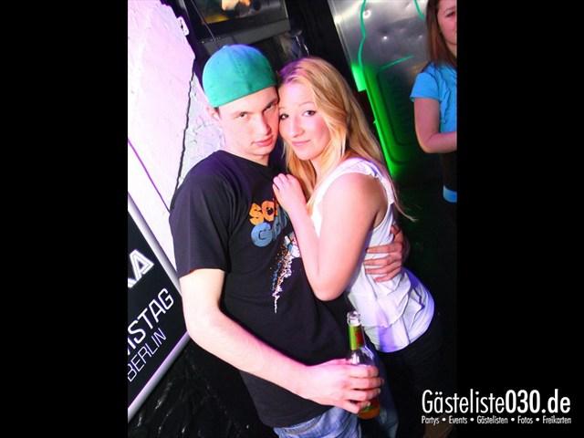 https://www.gaesteliste030.de/Partyfoto #155 Q-Dorf Berlin vom 10.12.2011
