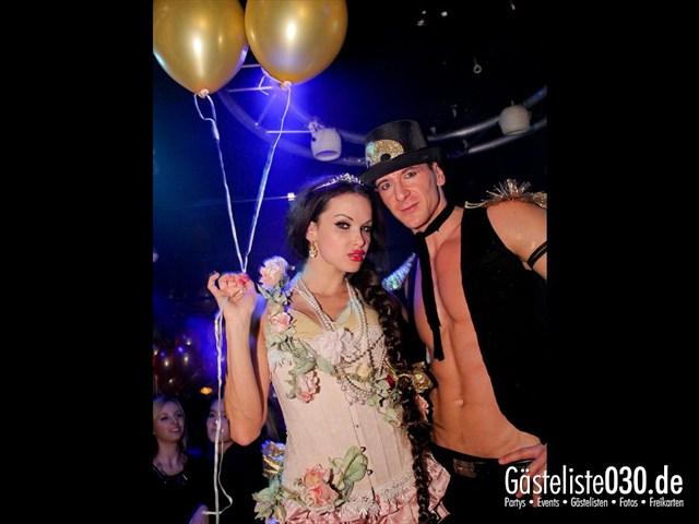 https://www.gaesteliste030.de/Partyfoto #99 Maxxim Berlin vom 09.12.2011