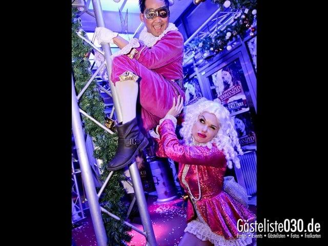 https://www.gaesteliste030.de/Partyfoto #2 Maxxim Berlin vom 16.12.2011