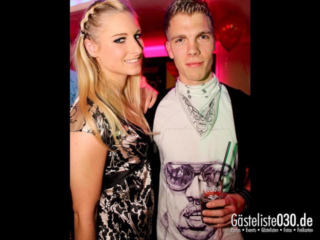 https://www.gaesteliste030.de/Partyfoto #82 Maxxim Berlin vom 09.12.2011