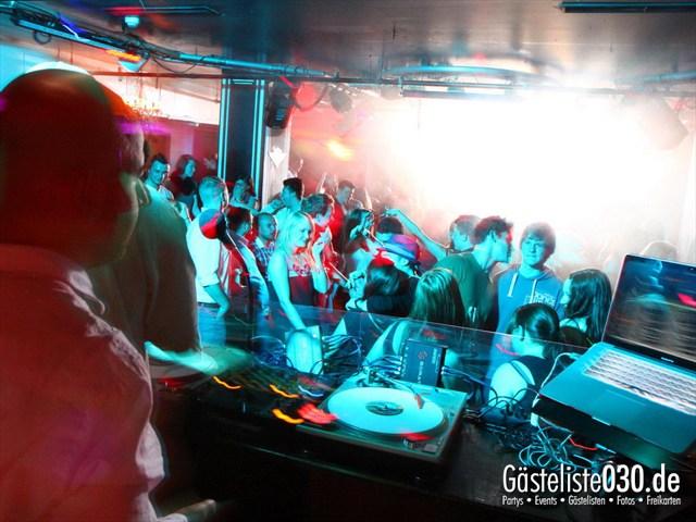 https://www.gaesteliste030.de/Partyfoto #6 Maxxim Berlin vom 26.04.2012
