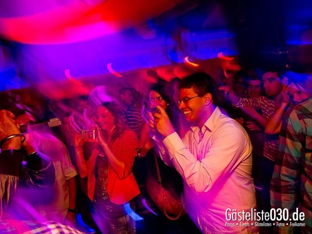 https://www.gaesteliste030.de/Partyfoto #126 Maxxim Berlin vom 19.12.2011