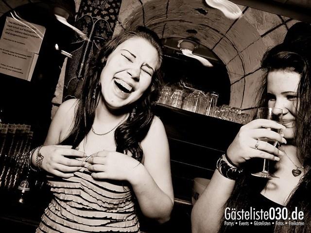 https://www.gaesteliste030.de/Partyfoto #84 Q-Dorf Berlin vom 20.12.2011
