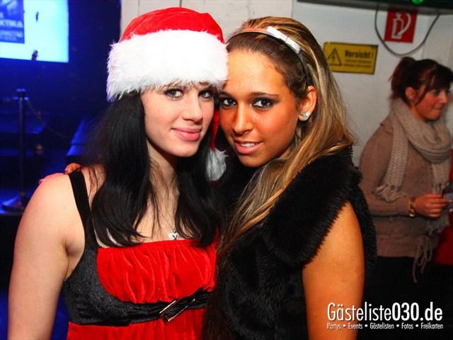 https://www.gaesteliste030.de/Partyfoto #17 Q-Dorf Berlin vom 24.12.2011