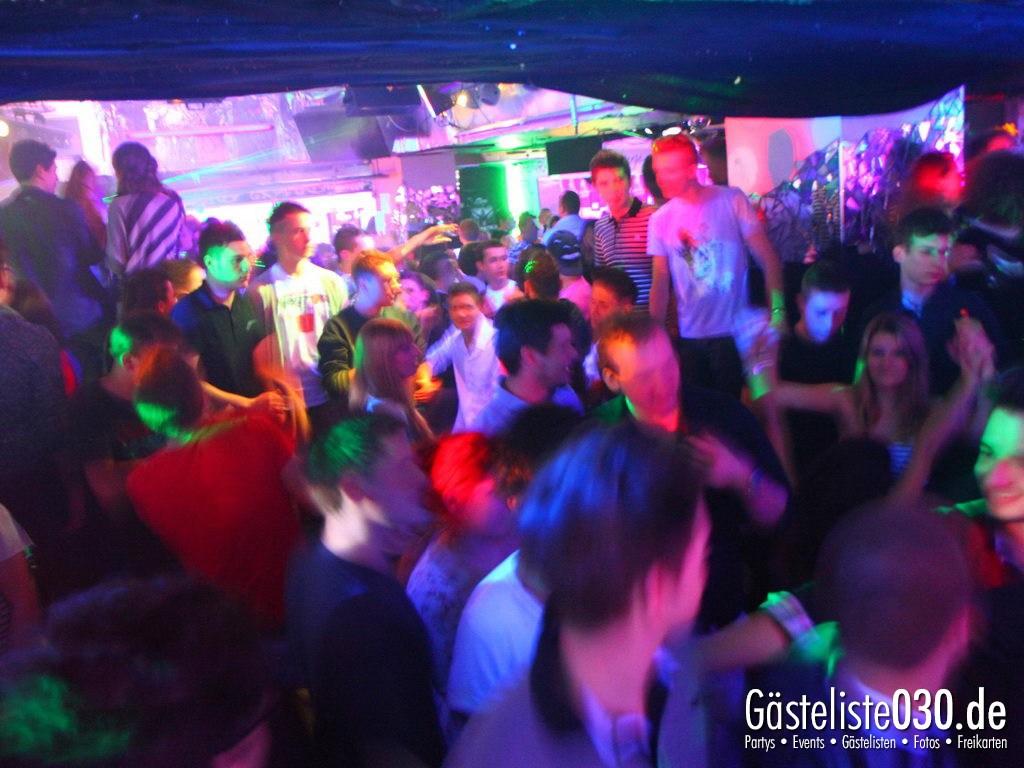 Partyfoto #49 Q-Dorf 15.03.2012 World Tour - We Love Tourists
