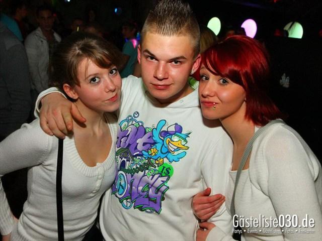 https://www.gaesteliste030.de/Partyfoto #104 Q-Dorf Berlin vom 16.12.2011