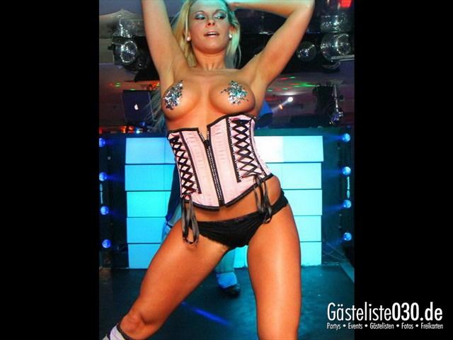 https://www.gaesteliste030.de/Partyfoto #131 Q-Dorf Berlin vom 04.04.2012