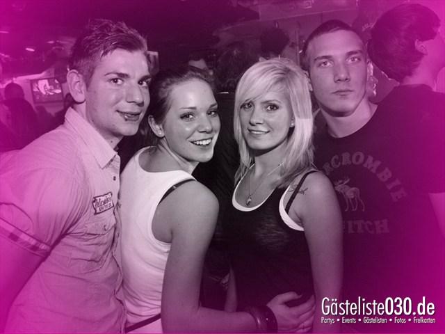 https://www.gaesteliste030.de/Partyfoto #121 Q-Dorf Berlin vom 11.01.2012