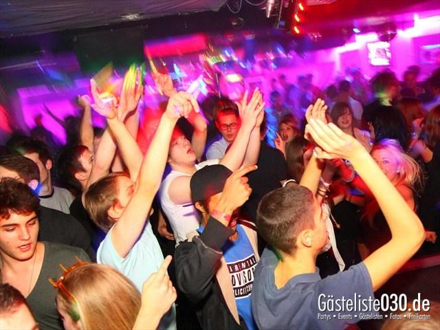 https://www.gaesteliste030.de/Partyfoto #165 Q-Dorf Berlin vom 28.12.2011