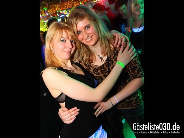 https://www.gaesteliste030.de/Partyfoto #19 Q-Dorf Berlin vom 30.12.2011