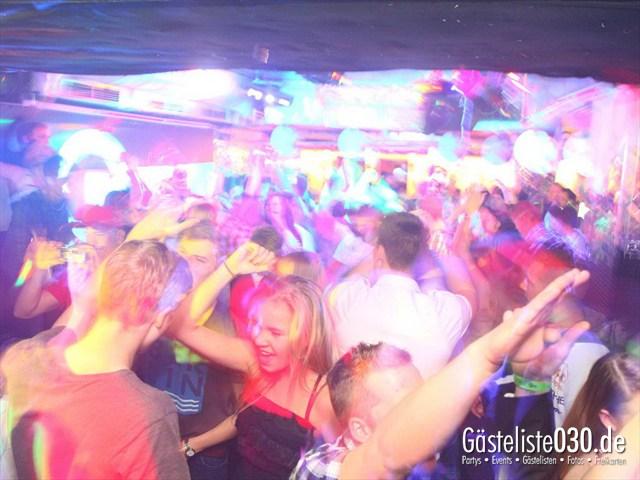 https://www.gaesteliste030.de/Partyfoto #135 Q-Dorf Berlin vom 06.01.2012