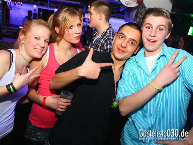https://www.gaesteliste030.de/Partyfoto #80 Q-Dorf Berlin vom 06.01.2012