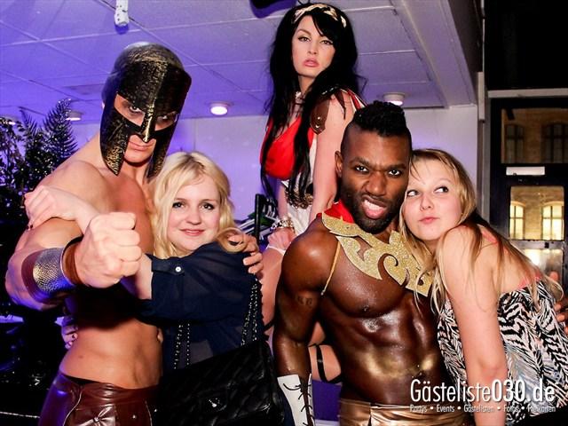 https://www.gaesteliste030.de/Partyfoto #72 Maxxim Berlin vom 23.12.2011