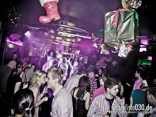 https://www.gaesteliste030.de/Partyfoto #11 Maxxim Berlin vom 25.12.2011