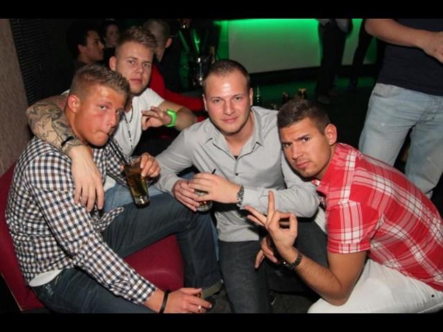 https://www.gaesteliste030.de/Partyfoto #35 Club R8 Berlin vom 09.12.2011