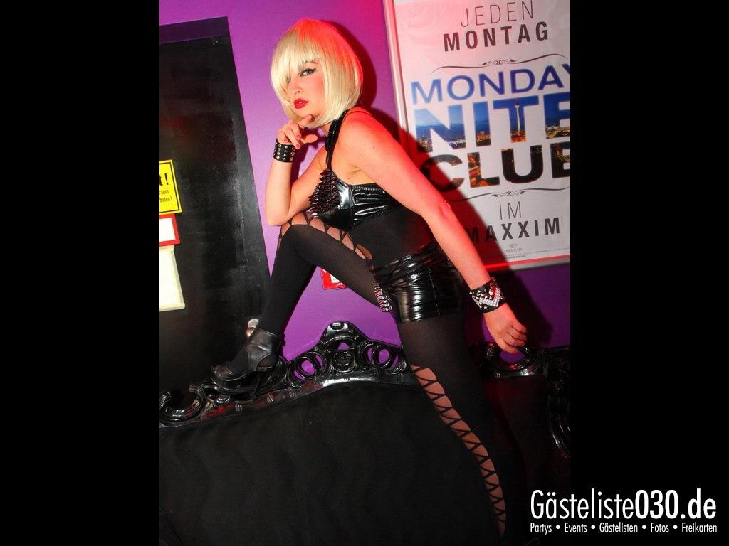 Partyfoto #75 Maxxim 02.04.2012 Monday Nite Club