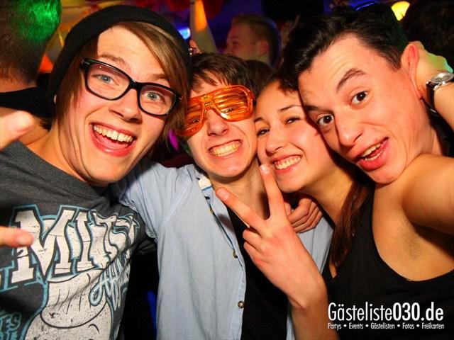https://www.gaesteliste030.de/Partyfoto #198 Q-Dorf Berlin vom 28.12.2011