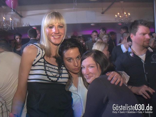 https://www.gaesteliste030.de/Partyfoto #66 Maxxim Berlin vom 10.12.2011