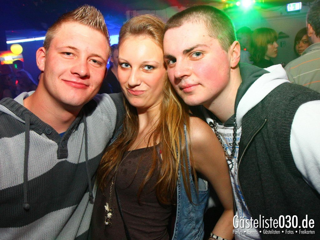 Partyfoto #48 Q-Dorf 05.04.2012 Ü25 Nacht