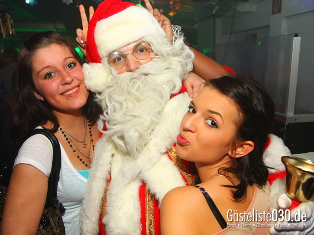https://www.gaesteliste030.de/Partyfoto #21 Q-Dorf Berlin vom 25.12.2011