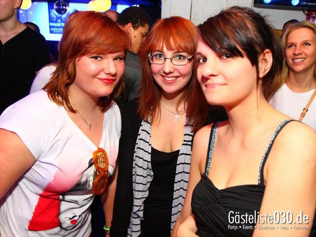 https://www.gaesteliste030.de/Partyfoto #176 Q-Dorf Berlin vom 09.12.2011