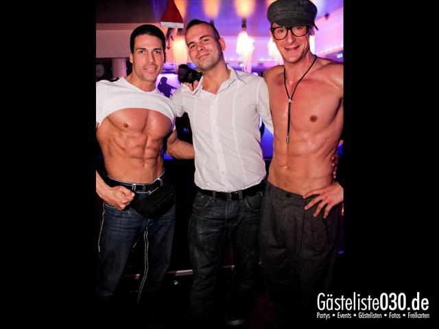 https://www.gaesteliste030.de/Partyfoto #99 Maxxim Berlin vom 24.12.2011