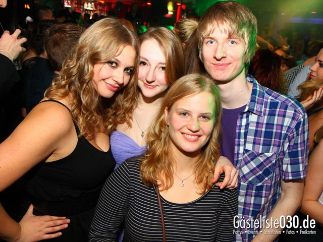 https://www.gaesteliste030.de/Partyfoto #61 Maxxim Berlin vom 22.12.2011