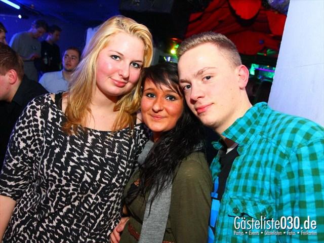 https://www.gaesteliste030.de/Partyfoto #195 Q-Dorf Berlin vom 28.12.2011