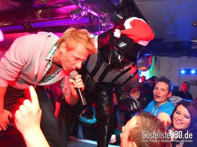 https://www.gaesteliste030.de/Partyfoto #159 Q-Dorf Berlin vom 16.12.2011
