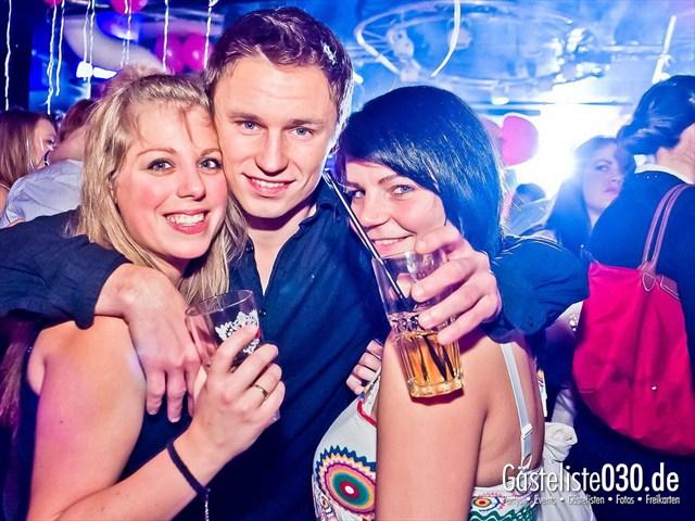 https://www.gaesteliste030.de/Partyfoto #17 Maxxim Berlin vom 10.12.2011