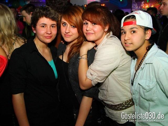 https://www.gaesteliste030.de/Partyfoto #207 Q-Dorf Berlin vom 24.03.2012