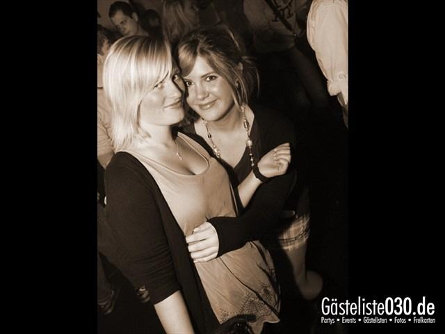 https://www.gaesteliste030.de/Partyfoto #27 Q-Dorf Berlin vom 04.01.2012