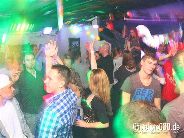 https://www.gaesteliste030.de/Partyfoto #121 Q-Dorf Berlin vom 06.01.2012
