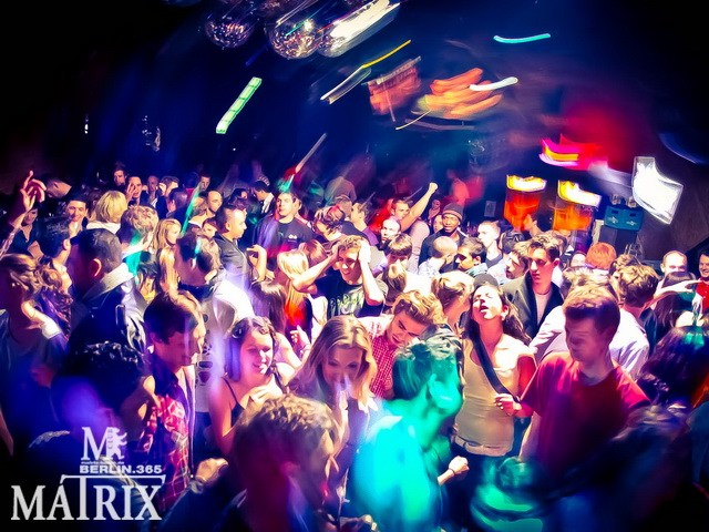 Partyfoto #48 Matrix 07.12.2011 Allure
