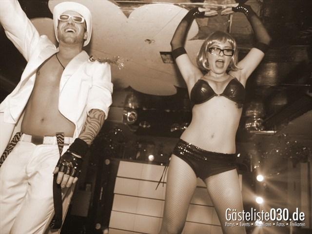 https://www.gaesteliste030.de/Partyfoto #81 Q-Dorf Berlin vom 04.01.2012