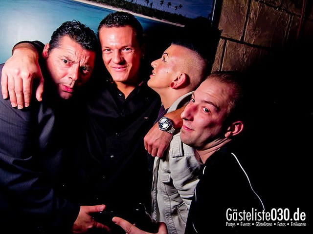 https://www.gaesteliste030.de/Partyfoto #9 Q-Dorf Berlin vom 13.12.2011