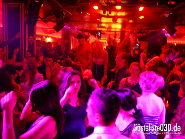 https://www.gaesteliste030.de/Partyfoto #9 Maxxim Berlin vom 26.12.2011
